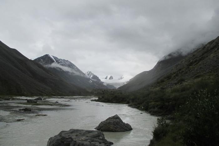 Софийский ледник, ручей Аккол