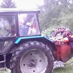 Спасатели в ковше