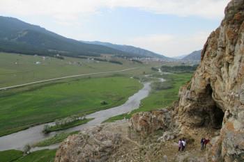 Пещера горы Алмыстуу